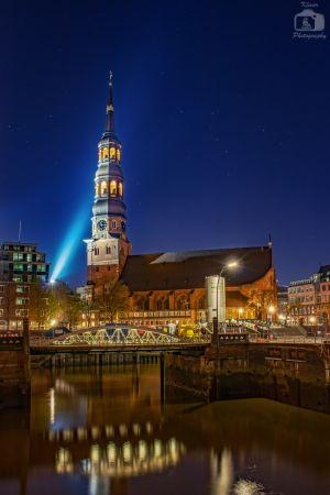 Hamburg St Katharinen Kirche Nacht (2)
